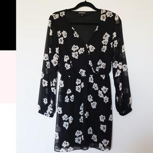 EXPRESS   Floral Sheer Plunge Wrap Dress Size XS